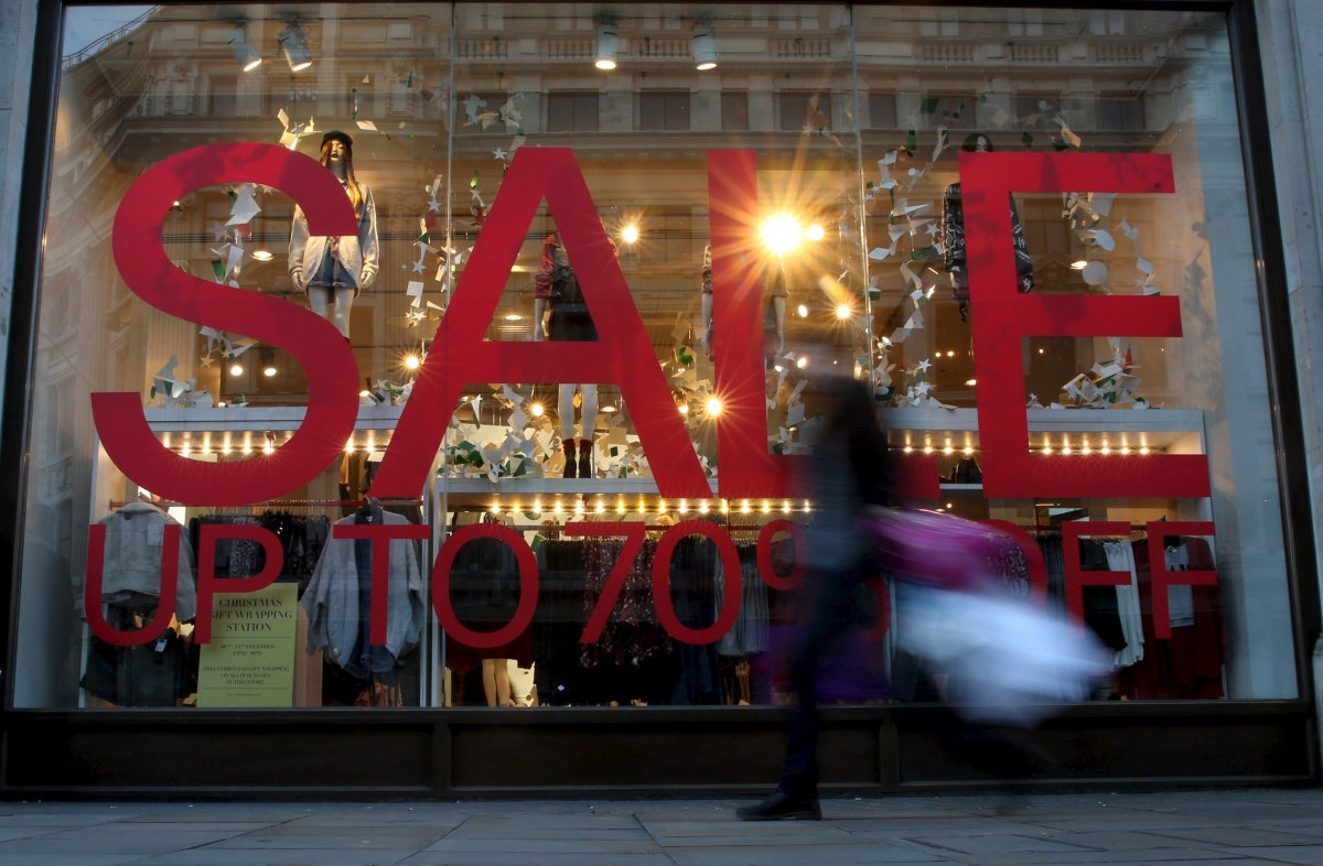 UK retailers can track customers through smartphones, warns privacy watchdog
