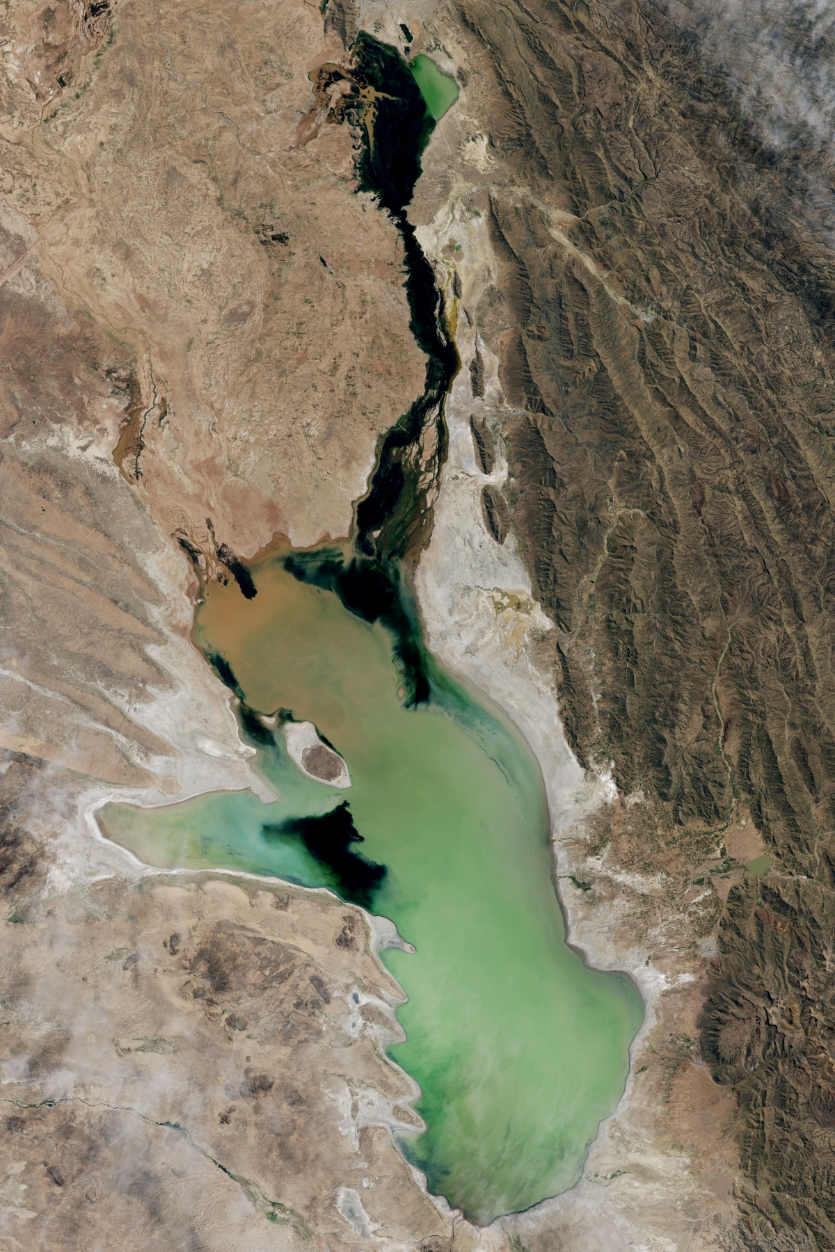 World Water Day 2016: Before and after images of Earth's disappearing lakes and seas