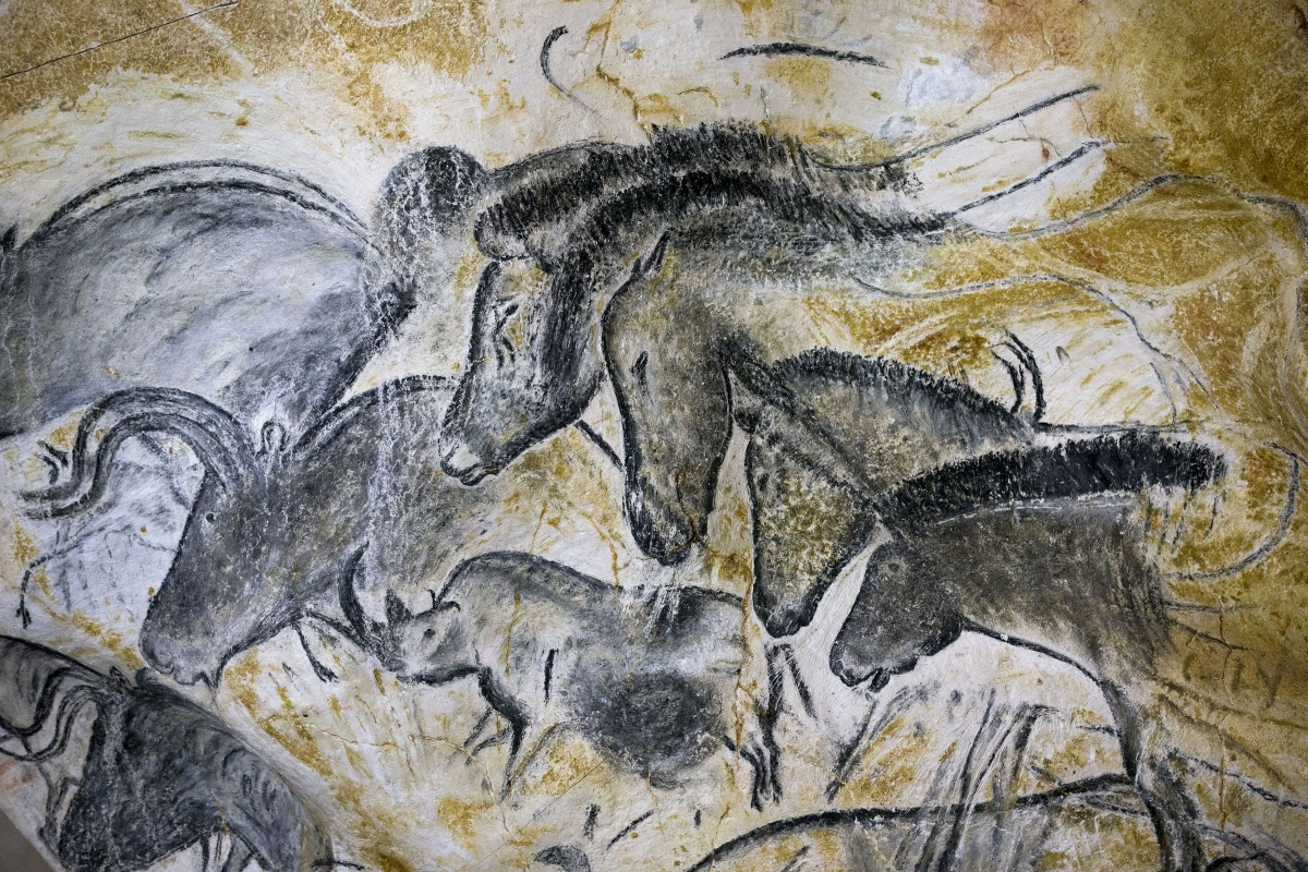 "art cave of forgotten dreams essay Summary of research documentary ""cave of forgotten dreams"" by werner herzog in this documentary, filmmaker werner herzog and a small crew are given a rare chance to film inside france's chauvet cave, where the walls are covered with the world's oldest surviving paintings."
