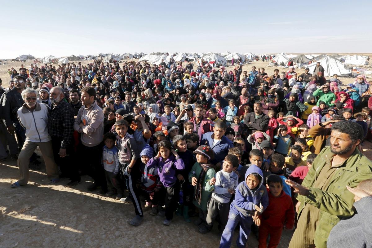 Syrian refugees at the Jordanian border