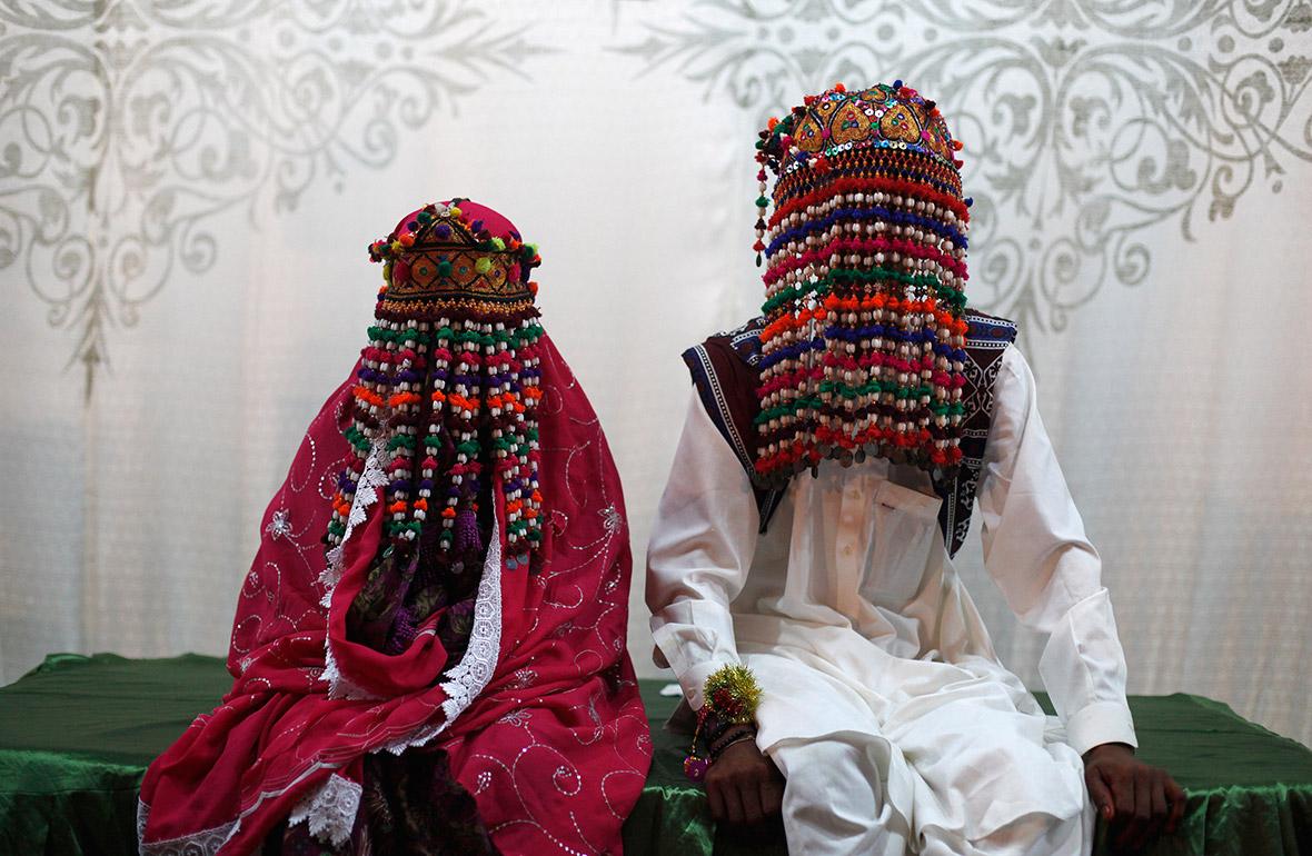 wedding outfits around the world