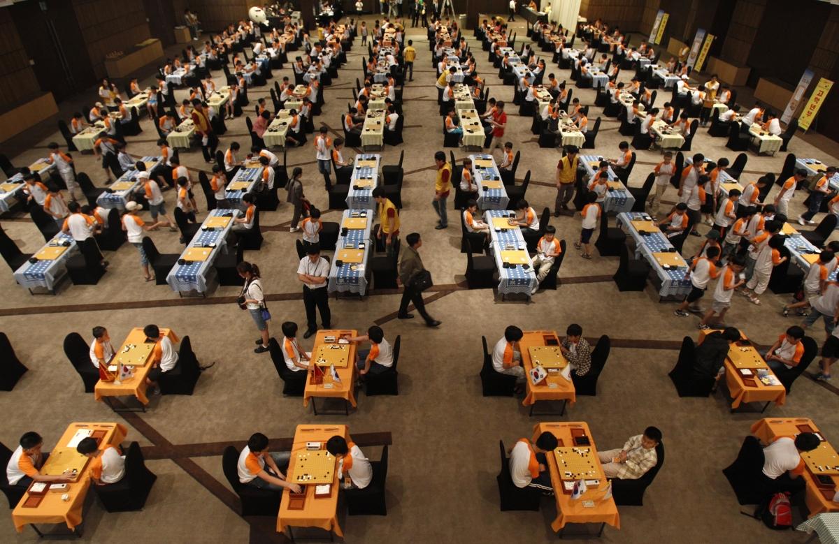 DeepMind AlphaGo Beats Go World Champion Lee Sedol Two Games In A Row