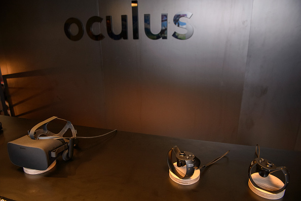 Oculus Quill allows VR artists to paint in space and time