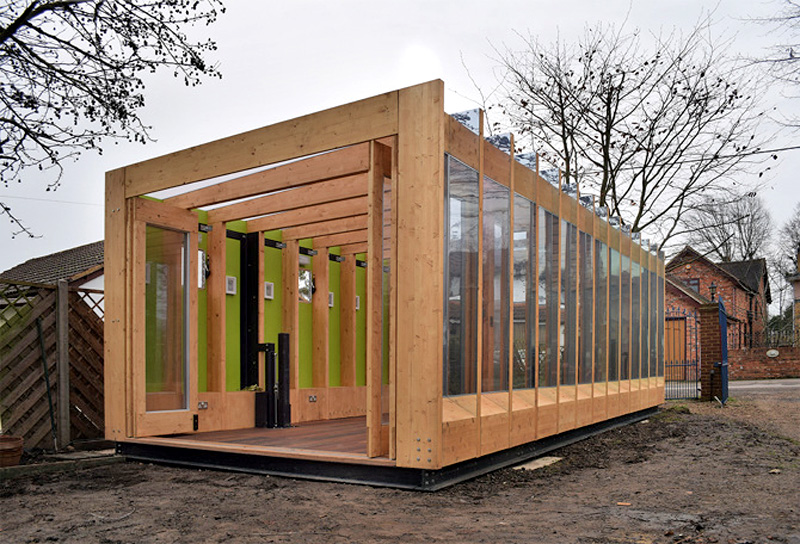 Greenhouse on legs