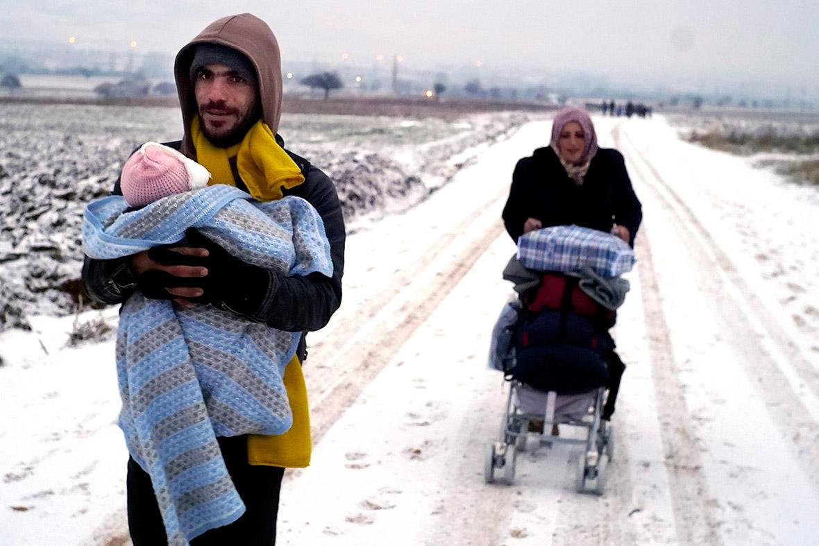 migrants weather