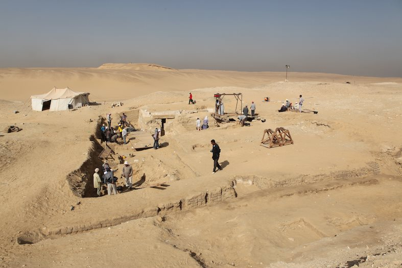ancient egypt burial boat