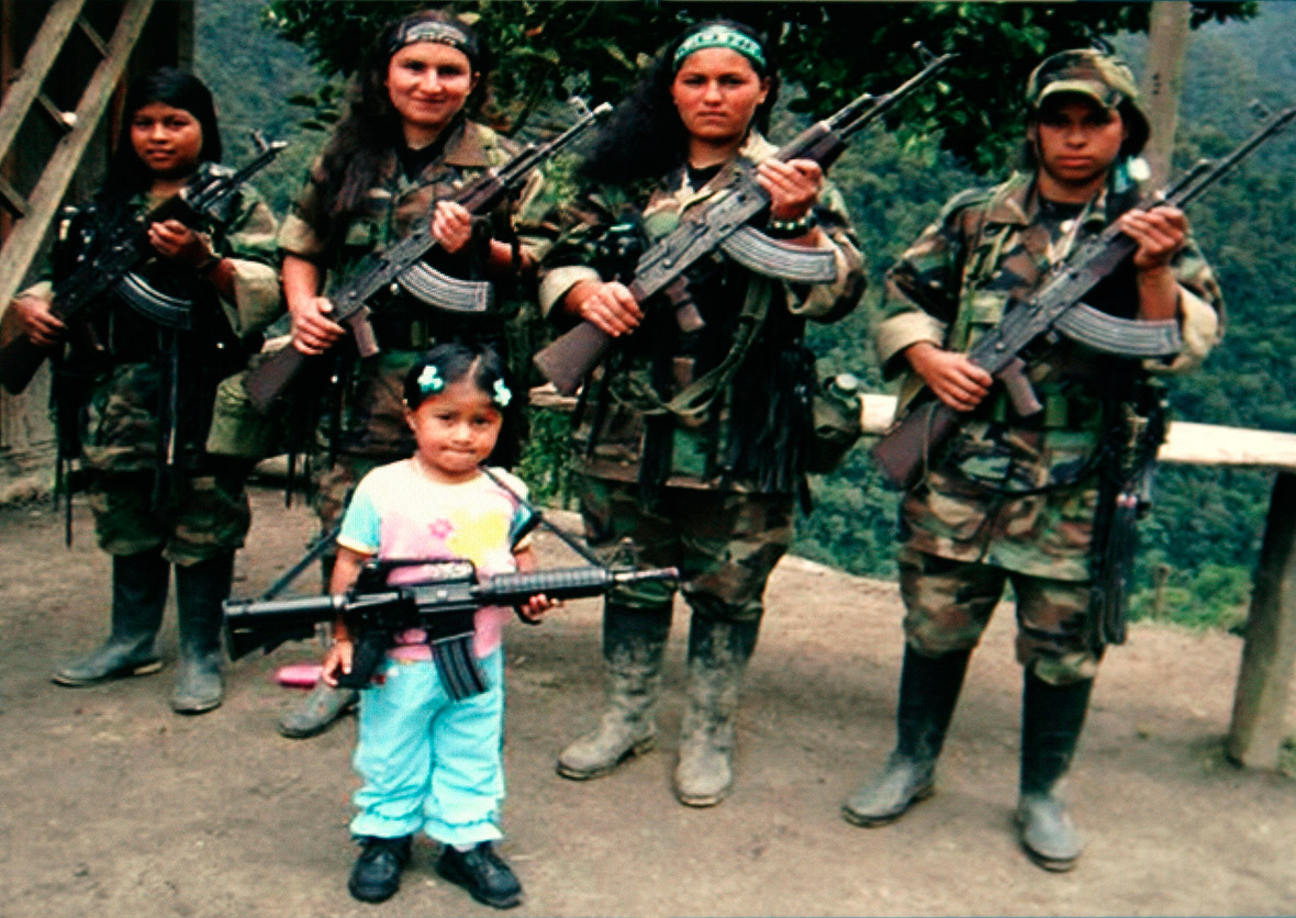 FARC female fighters