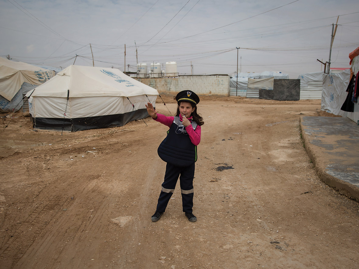 Syrian refugee girls