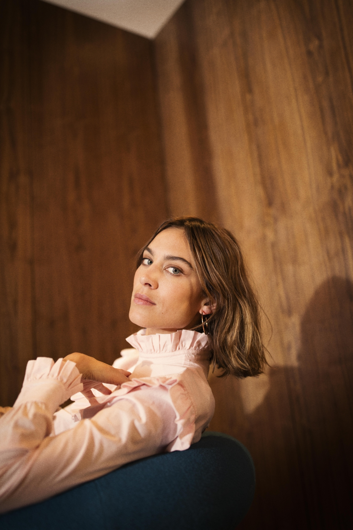 alexa chung 39 s archive collection for marks and spencer launches in store and online. Black Bedroom Furniture Sets. Home Design Ideas