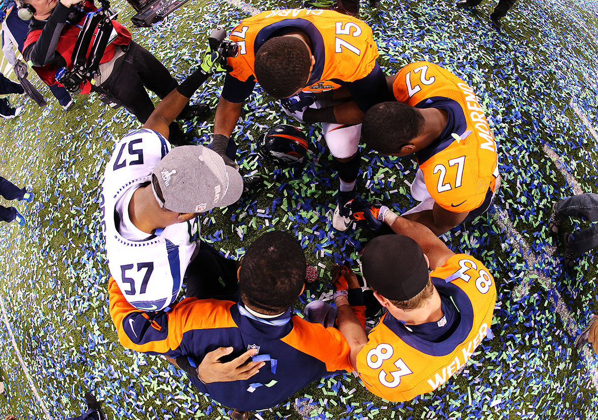 Super bowl 2017 51 best photos of the action and the half for Mercedes benz of denver glendale co