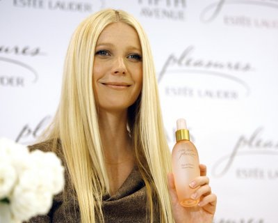 Actress Paltrow presents Estee Lauder039s Pleasures by Gwyneth Paltrow in Beverly Hills