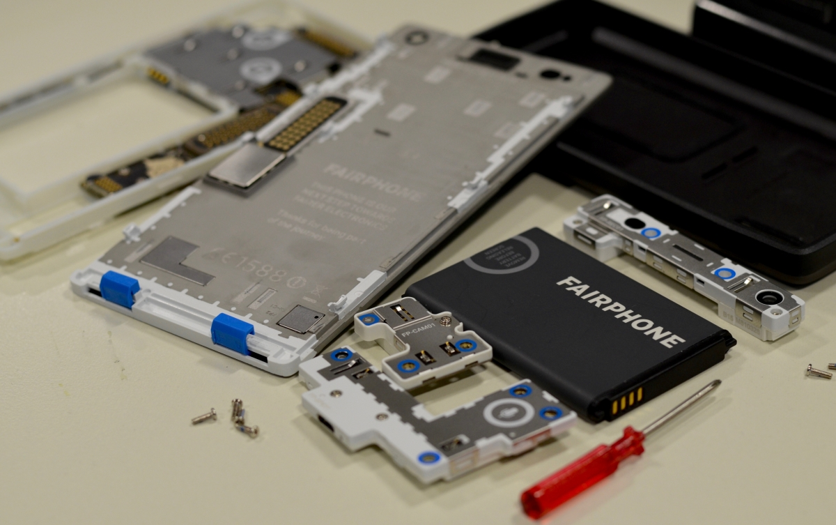 Fairphone 2 review: Disassembling the modular smartphone