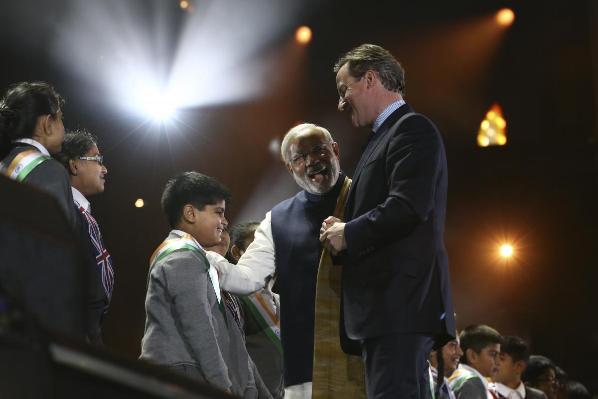 Narendra Modi and David Cameron at Wembley