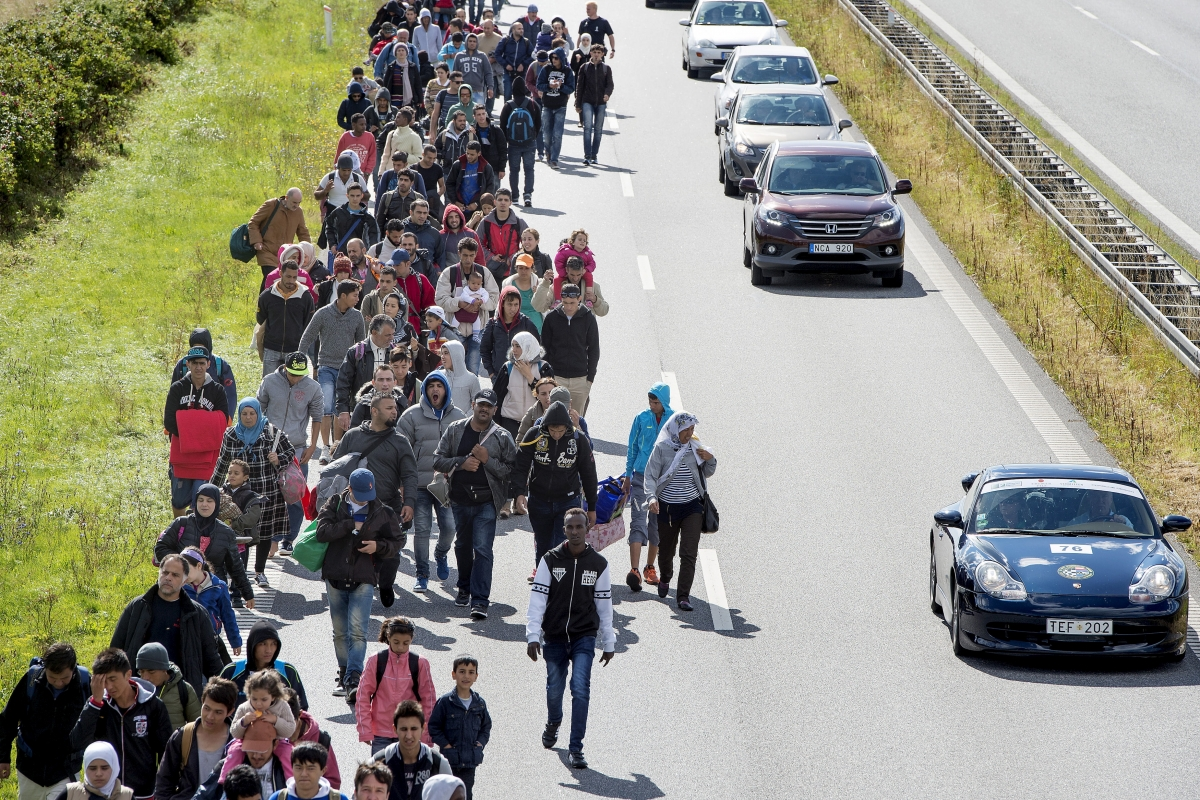 REfugees enter Denmark
