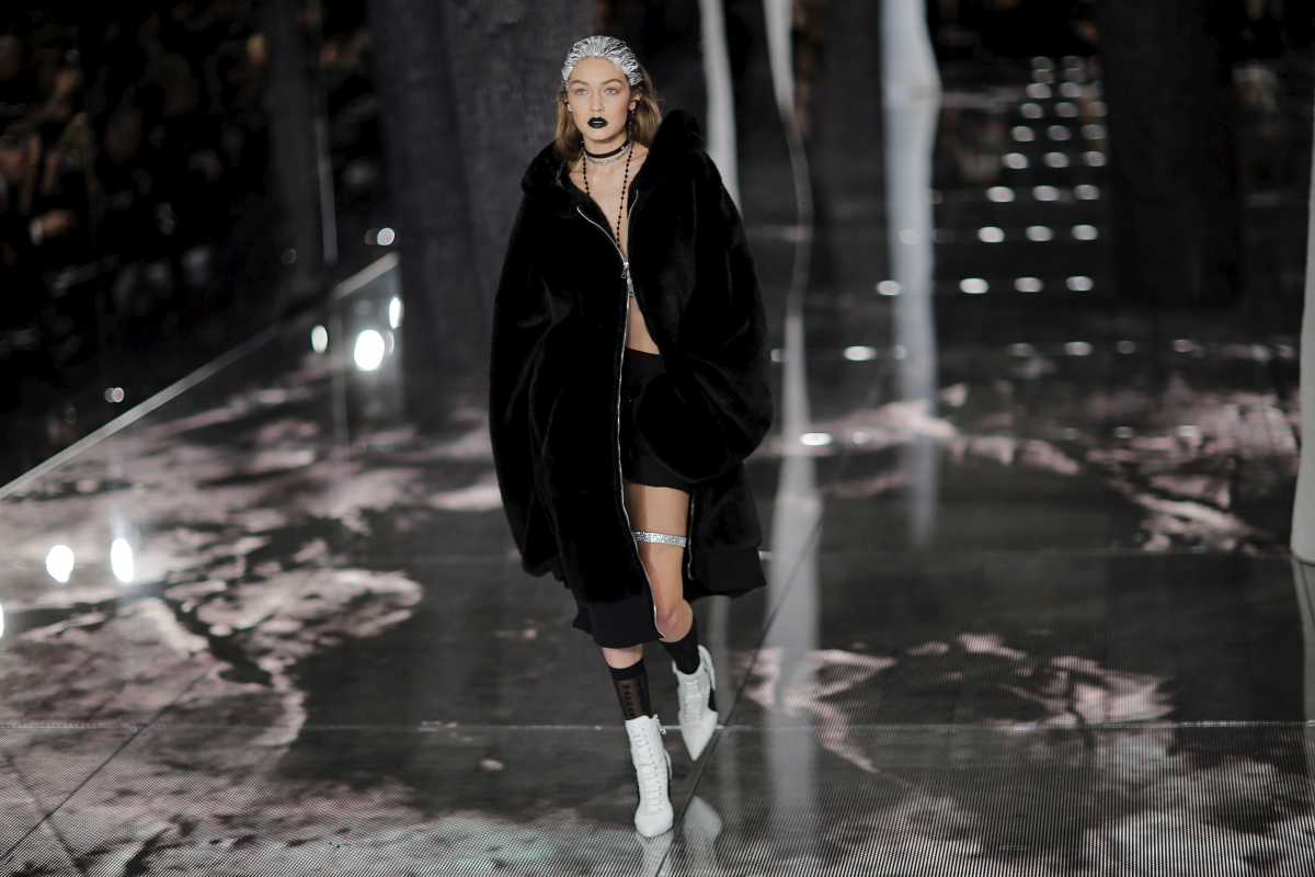 huge selection of 15984 2c5ab New York Fashion Week: Rihanna says Fenty Puma range is for every girl