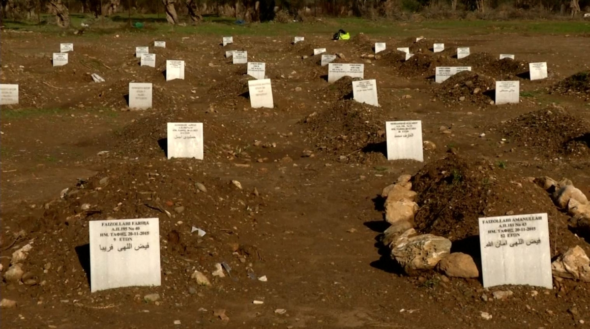 Makeshift cemetery in Lesbos