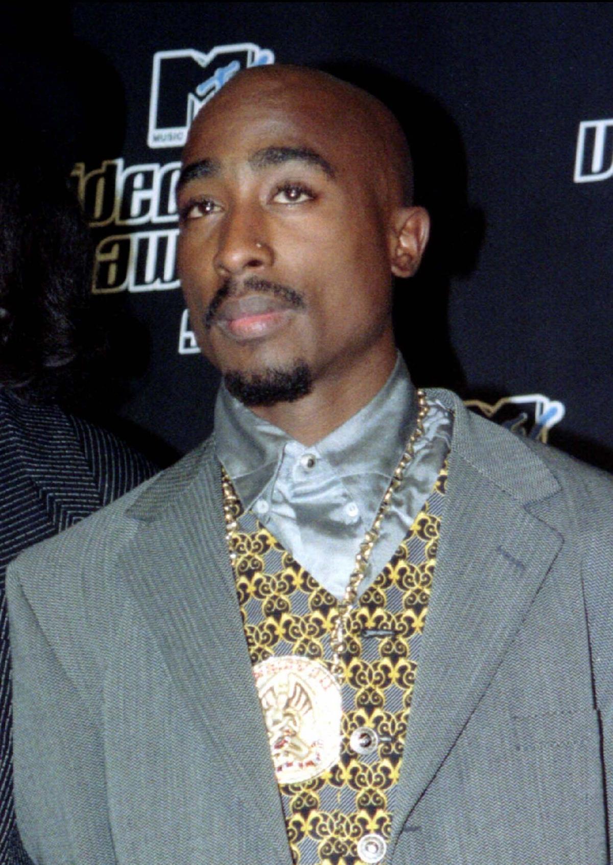 2Pac at MTV awards