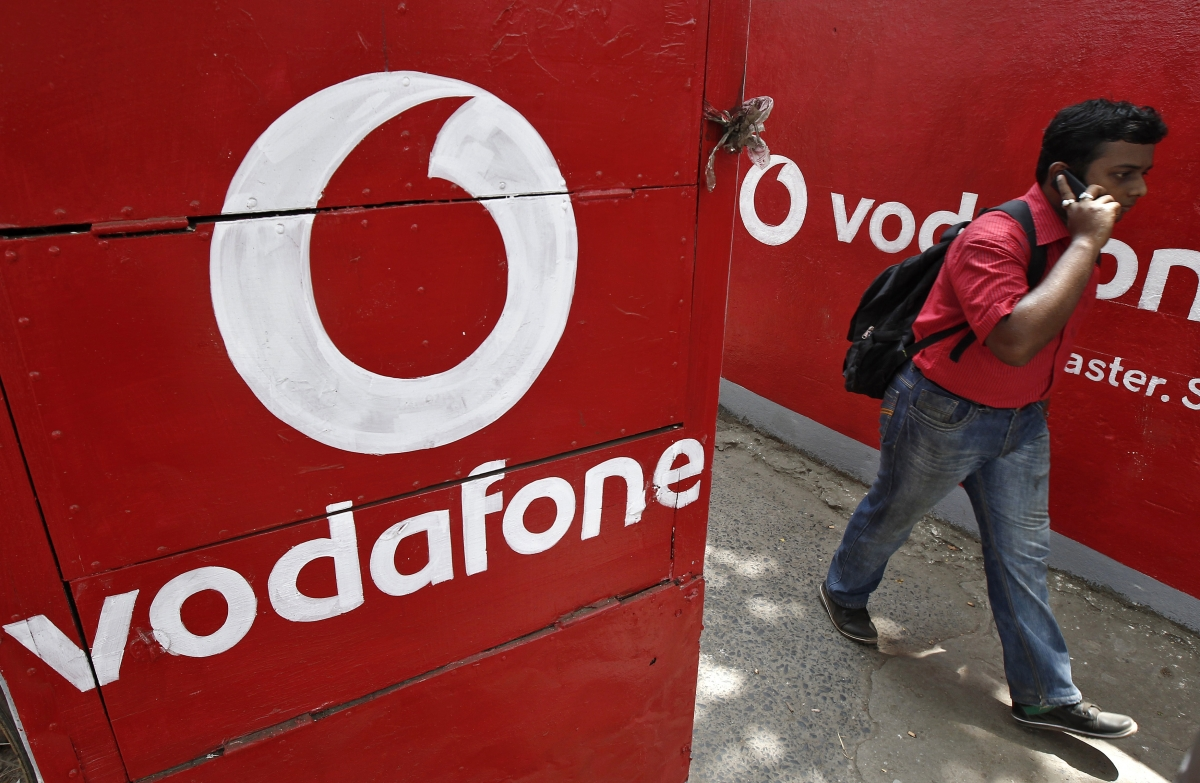 Vodafone asked to pay India a tax of $2.1bn for purchasing billionaire Li Ka-shing's mobile-phone business in 2007