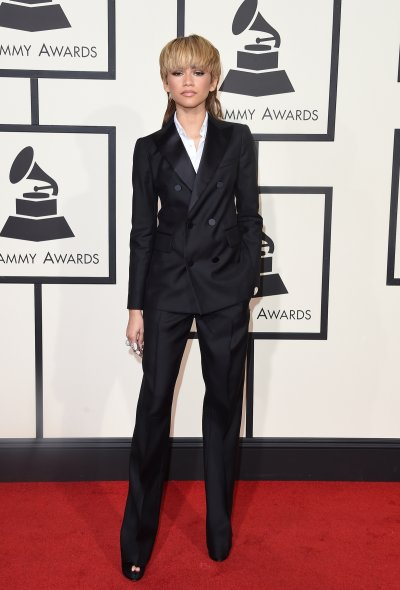 58th grammy awards red carpet