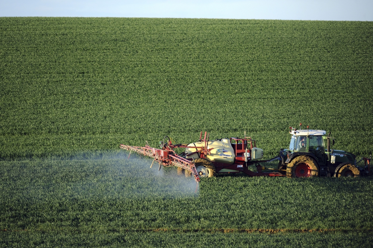 Fertiliser spreading