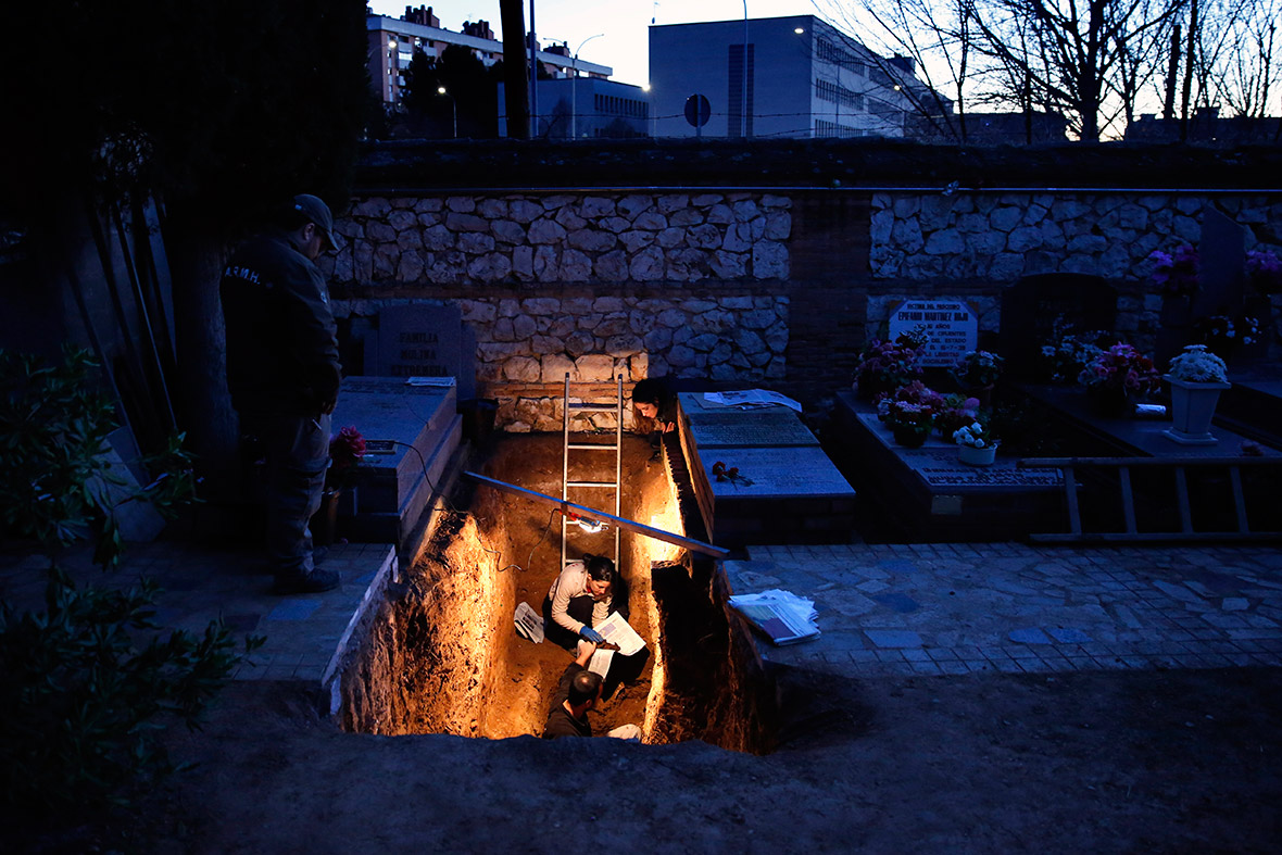 Spain civil war graves