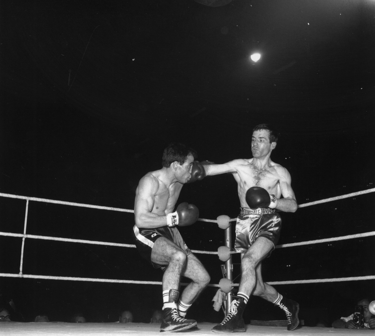 Walter McGowan, Salvatore Burruni