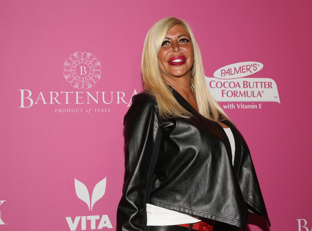 Big Ang cancer rumours