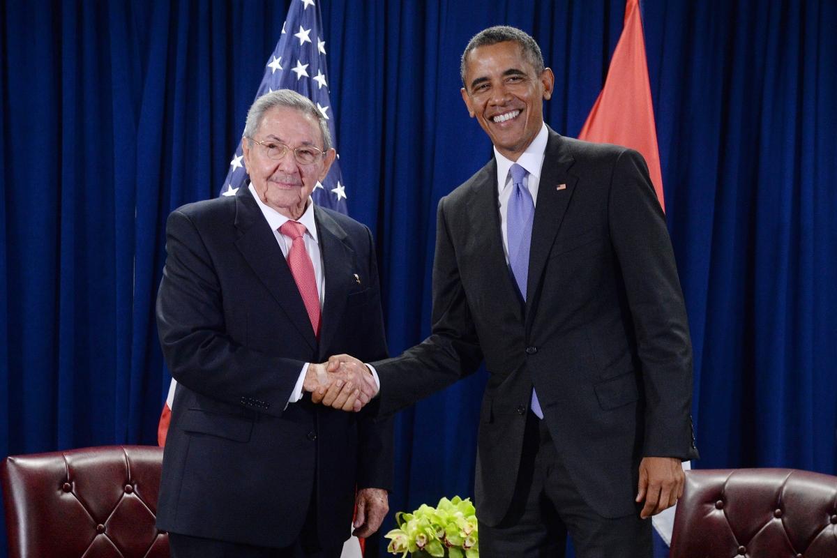 Barack Obama, Cuban President Raul Castro