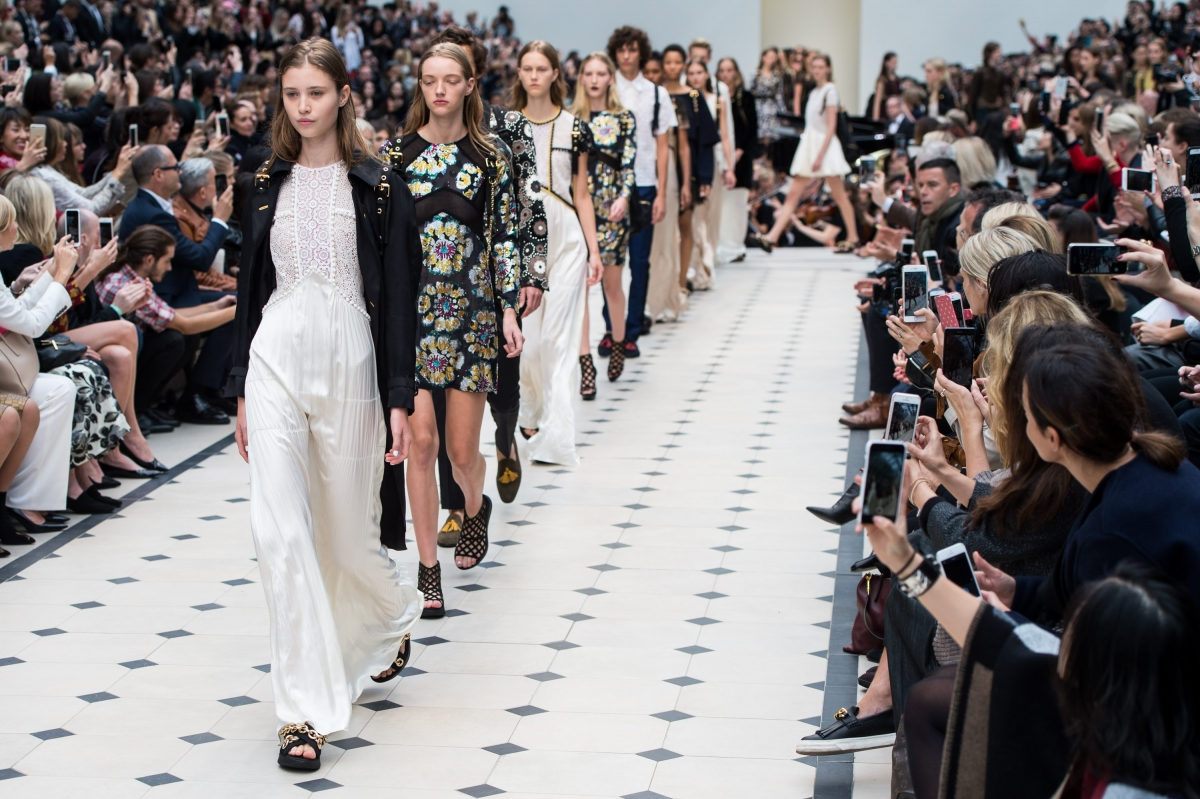 London Fashion Week 2016 Where To Watch Designers On Show And Everything You Need To Know