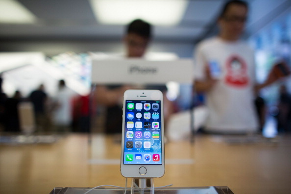 Indian college student picks up iPhone 5s for $1