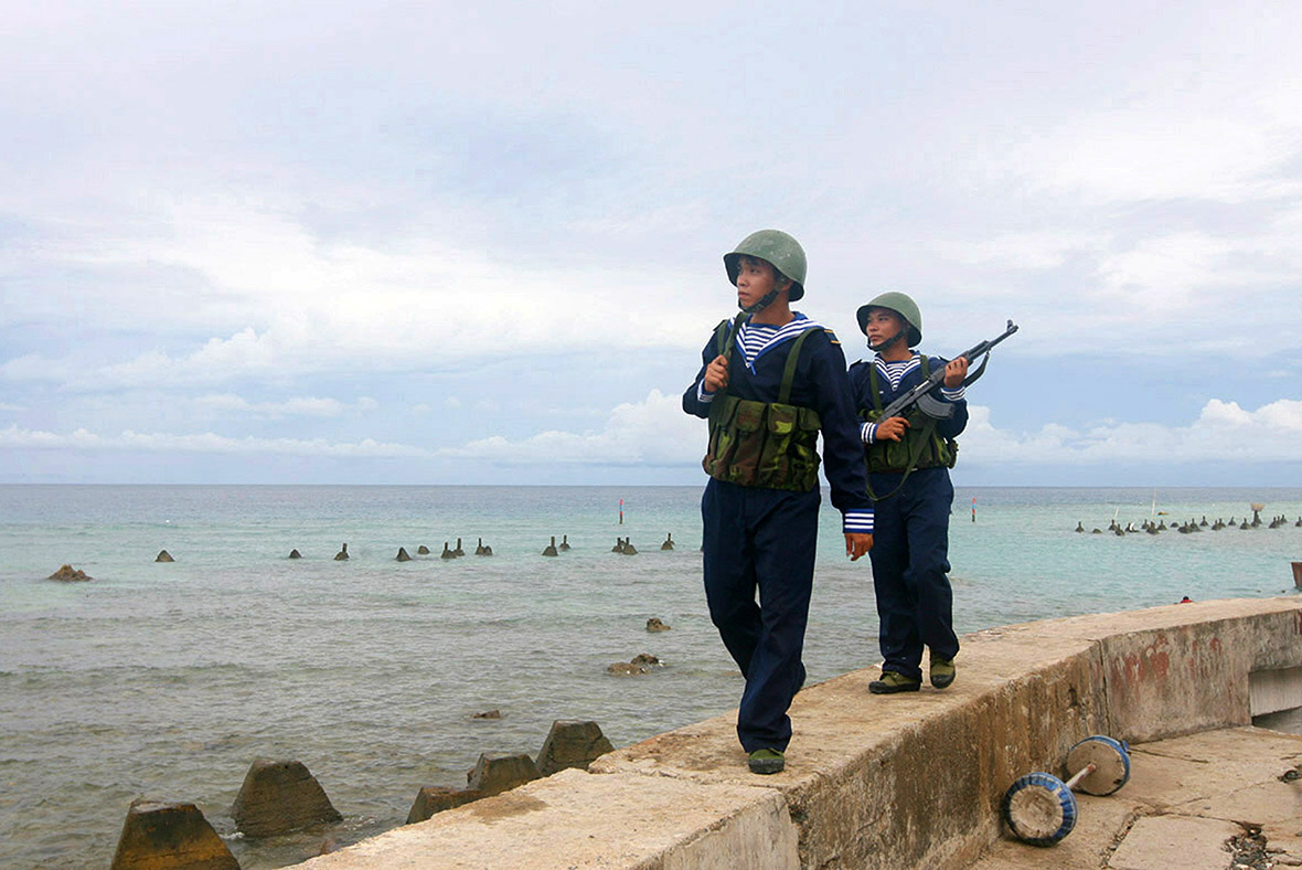 China militarizing artificial islands in South China Sea: US army official