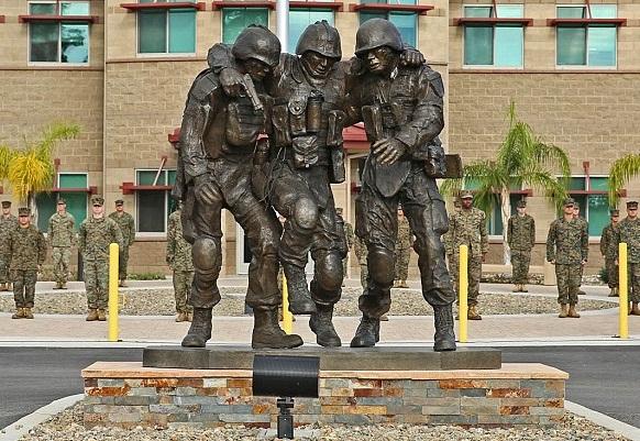 Marquez statue