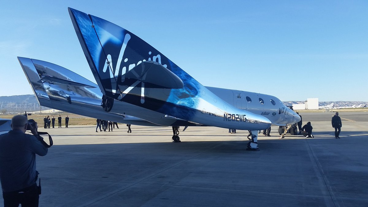 Virgin Galactic SpaceShipTwo: Richard Branson unveils new ...