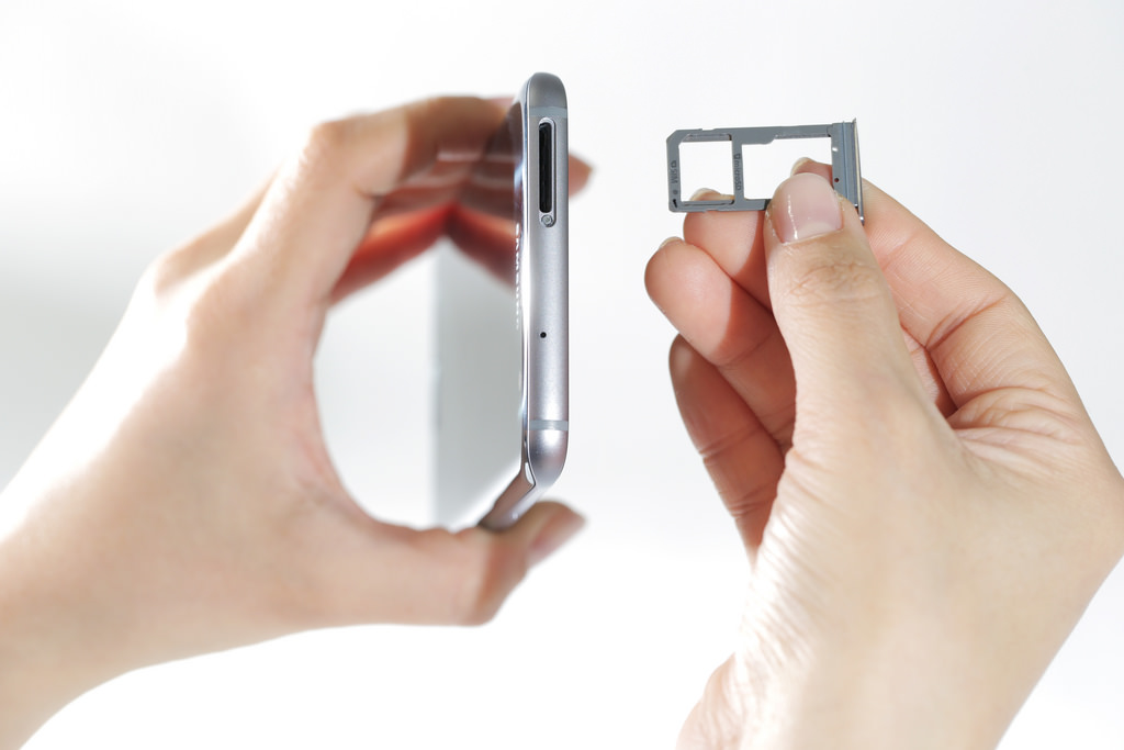 Samsung Galaxy S7 Expandable Storage demo image3