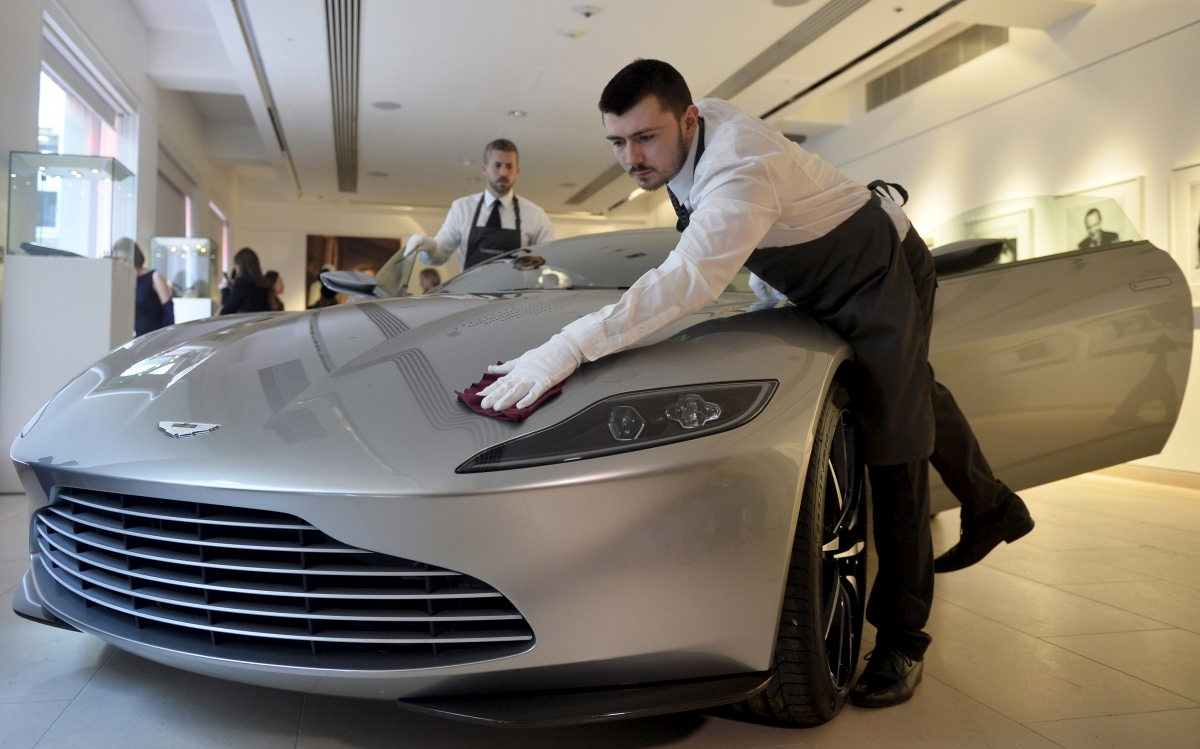 Aston Martin to create 4,000 UK jobs with second factory in Glamorgan