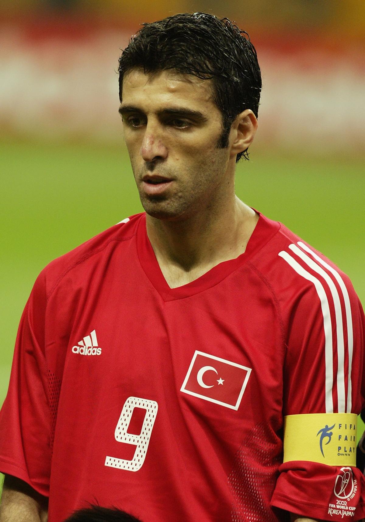 седые турецкие футболисты известные фото озадачивает