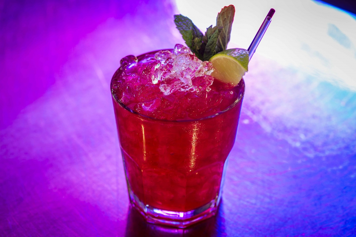 Kraken berry cooler cocktail
