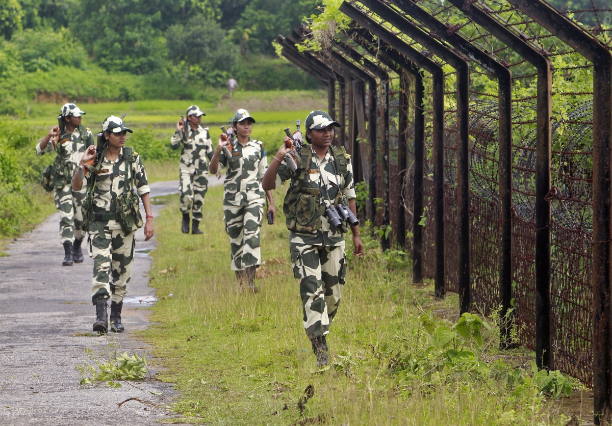 essay on women in indian army Here is an essay on the indian army especially written for school and college students in hindi language  essay on indian woman in hindi  army, essay, essay on indian army, hindi, indian defence essay on education in india | hindi essay on the transfer system in india | hindi.