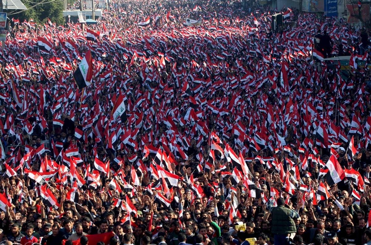 Supporters of prominent Iraqi Shiite cleric Moqtada al-Sadr