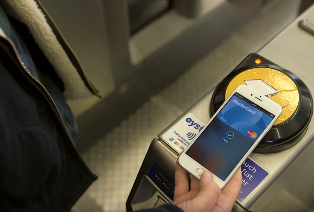 Fare Free Monday MasterCard Apple Pay