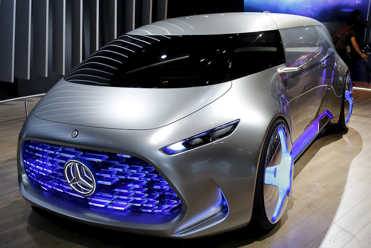 Mercedes-Benz replaces robots with more capable humans
