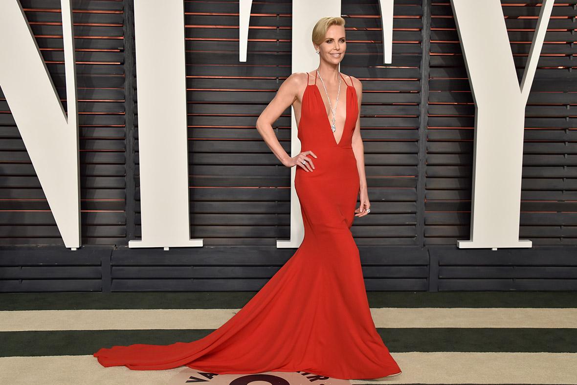 fcd59e49e4c2b Oscars 2016 Vanity Fair party: Hollywood glamour on the red carpet