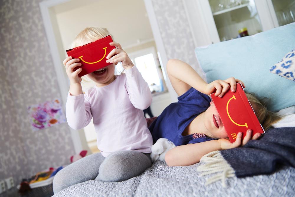 McDonald's Happy Goggles-3