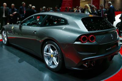 Geneva Motor Show 2016 Ferrari GTC4Lusso