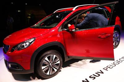 Geneva Motor Show 2016 Peugeot 2008 SUV