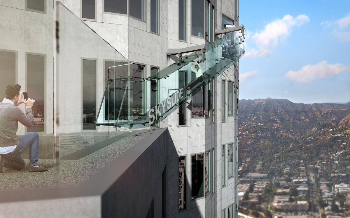Skyslide world's highest glass slide US Bank
