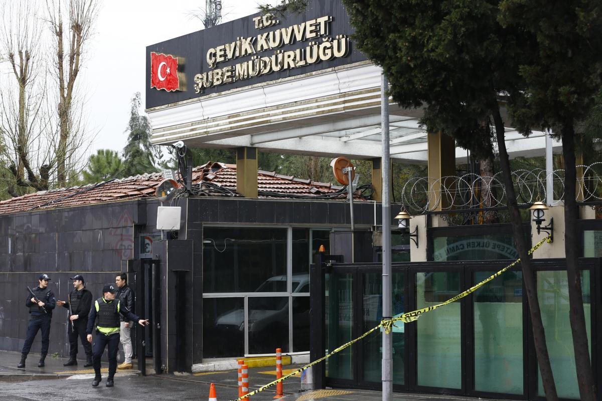 Bayrampasa police station attacked Istanbul