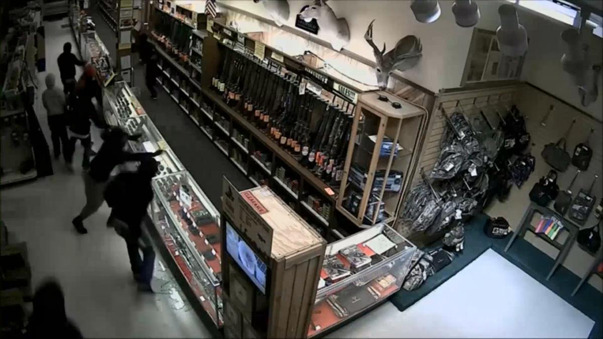 Gun store robbery