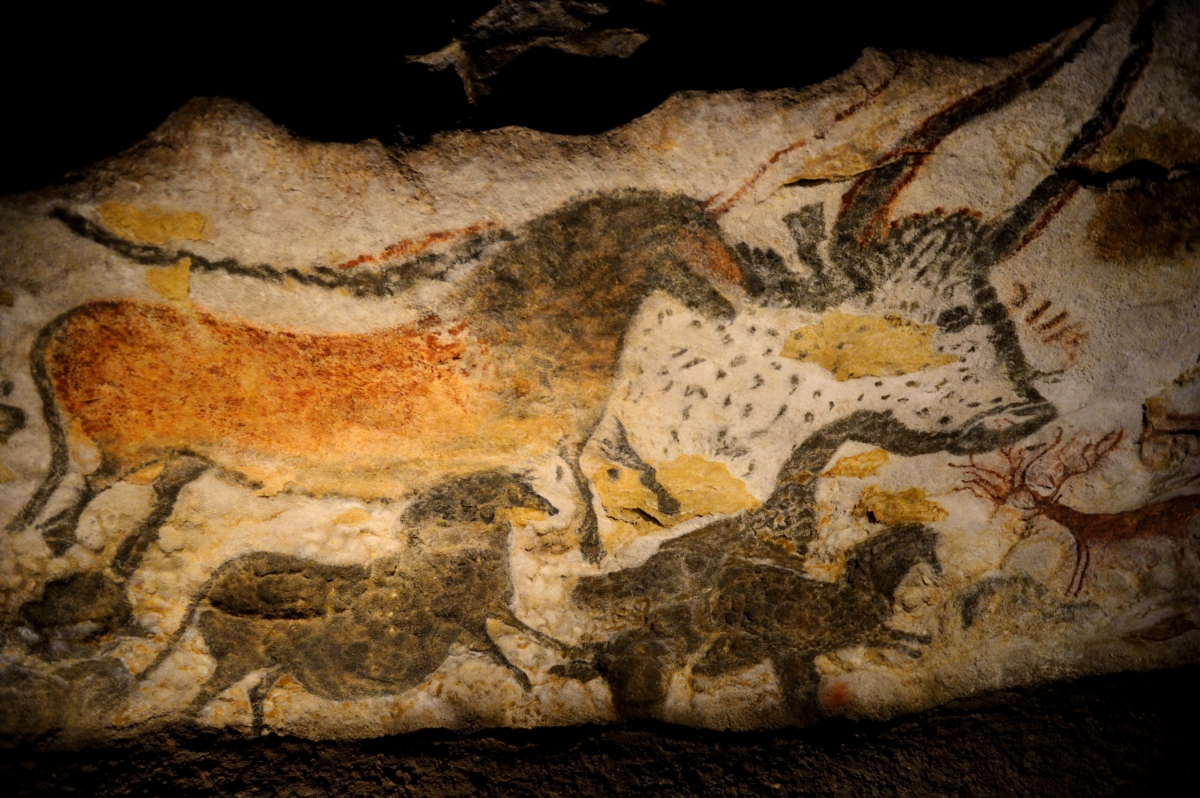 Lascaux Cave Paintings Huge Replica Of Palaeolithic Site