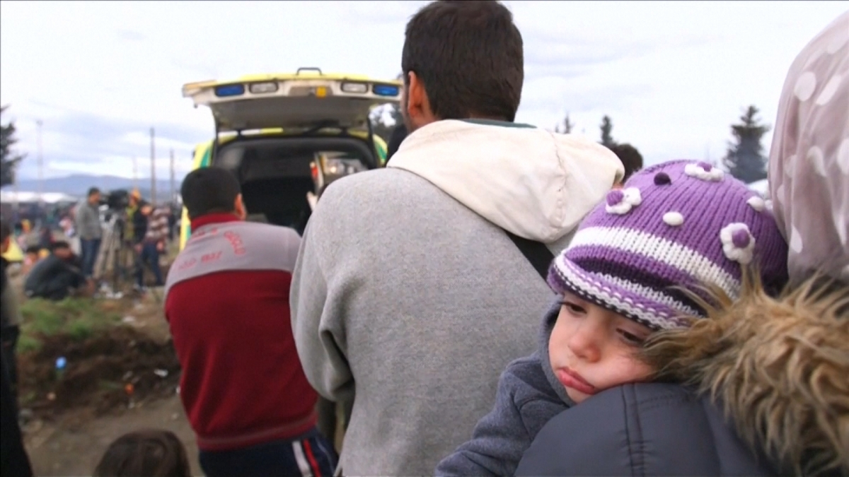 Volunteer doctors say they have seen an increase in unwell children in the Idomeni camp.